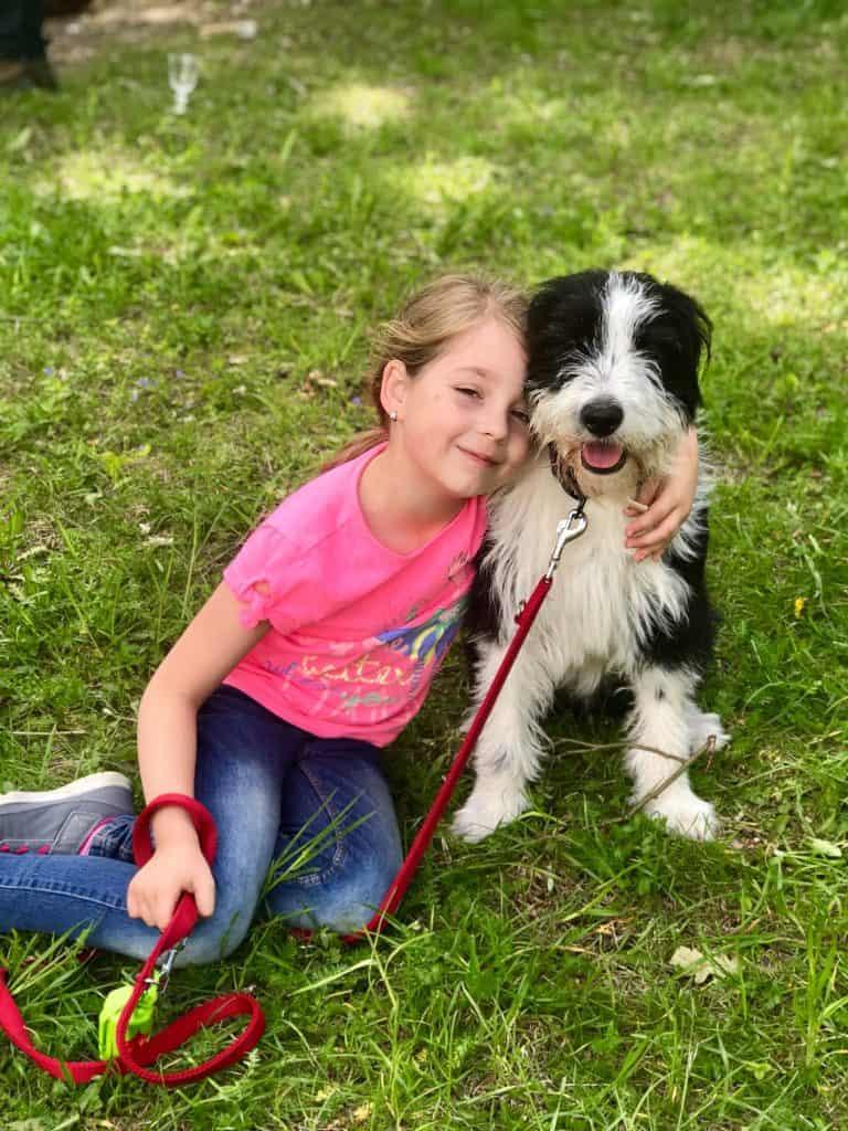Fűszeres Eszter lánya Záli és kutyája Mázli
